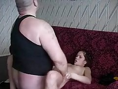 鞭打我的婊子!!自制视频