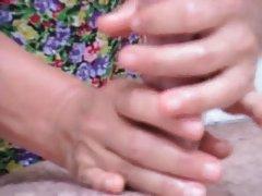 日本奶奶享受性爱